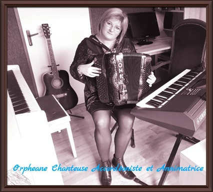 Vign_ORPHEANE_CHANTEUSE_ACCORDEONISTE_ANIMATRICE_BOURGOGNE_FRANCE_